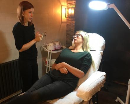 Gelaatsverzorgingen + beauty behandelingen